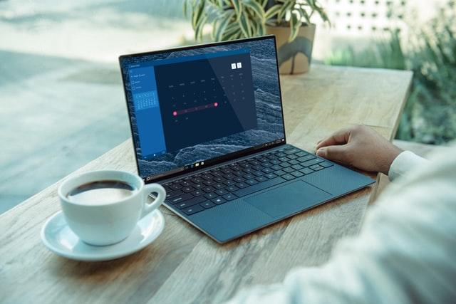 Waar moet een zakelijke laptop aan voldoen?